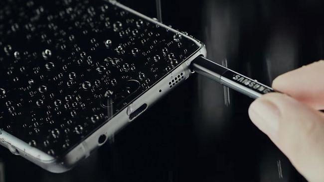 Samsung dikabarkan tengah menyiapkan 300 ribu unit Galaxy Note 7 rekondisi yang akan dijual kembali dengan nama Galaxy Note FE.