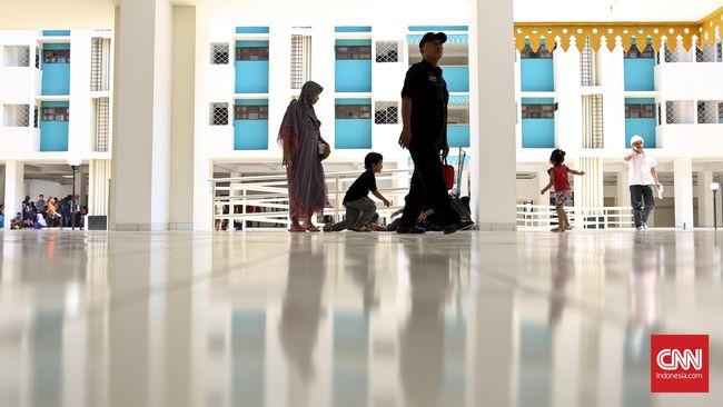 Penghuni rusun yang menunggak biaya sewa tersebar hampir di lima wilayah Jakarta. Faktor ekonomi jadi salah satu penyebabnya.