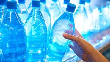 Tips Aman Memilih Air Minum Kemasan untuk Keluarga