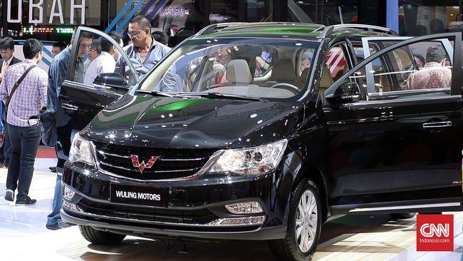 Stafsus Menkeu Yustinus Prastowo mengatakan PMK atau aturan terkait pembebasan pajak (PPnBM) mobil belum akan terbit pekan ini.