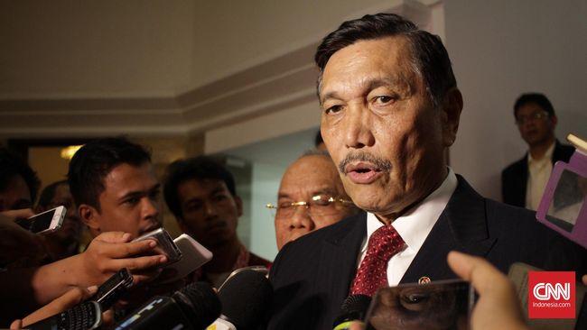 Menko Luhut menjelaskan kepada CEO US IDFC Adam S Boehler bahwa UU Cipta Kerja akan memperbaiki iklim investasi di Indonesia.