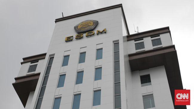 Kementerian ESDM mendorong penyelesaian perpres harga energi baru dan terbarukan (EBT) untuk mempercepat upaya bauran EBT di Indonesia.