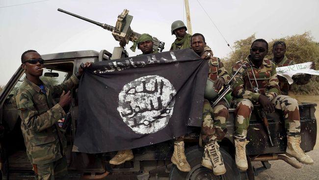 Setidaknya orang tewas dan belasan lainnya terluka akibat serangan Boko Haram di kamp pengungsi di timur laut negara bagian Borno pada Sabtu (18/5).