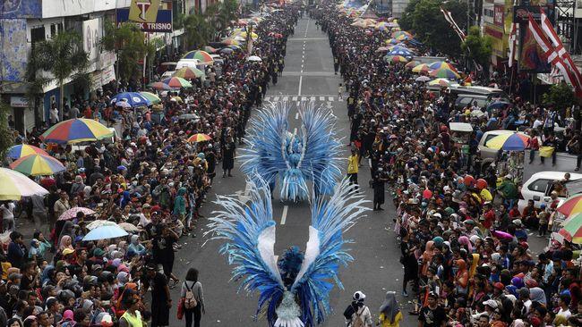 Kabupaten Jember ditetapkan sebagai Kota Karnaval atas konsistensi menyelenggarakan Jember Fashion Carnaval selama 16 tahun.