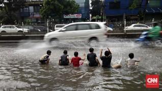 Adira Insurance Bayar Rp30 Miliar Klaim Terdampak Banjir