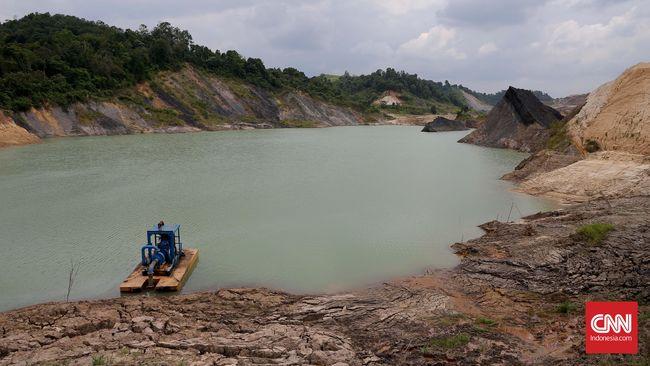 Tambang batubara ilegal ditaksir menyebabkan kerugian negara sebesar ratusan miliar per tahun.