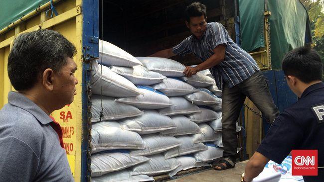 Kementerian Pertanian (Kementan) berutang sebesar Rp9 triliun kepada sejumlah perusahaan yang tergabung dalam induk BUMN pupuk.