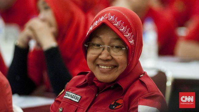 Wali kota Surabaya Tri Rismaharini berangkat ke Jakarta sejak Senin malam (21/12).