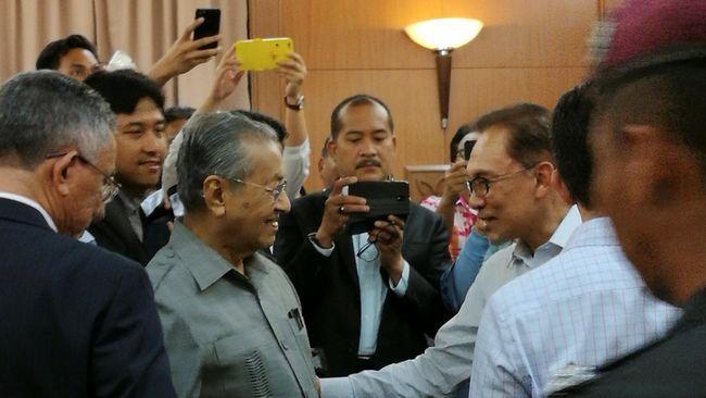 Oposisi Malaysia Calonkan Mahathir sebagai PM