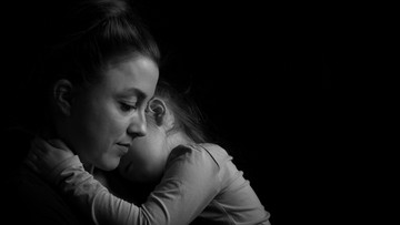'Haruskah Anakku Tahu Kalau Ayahnya Berselingkuh?'