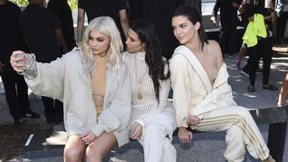Kylie Jenner Minta Kim Kardashian Hapus Fotonya di Instagram
