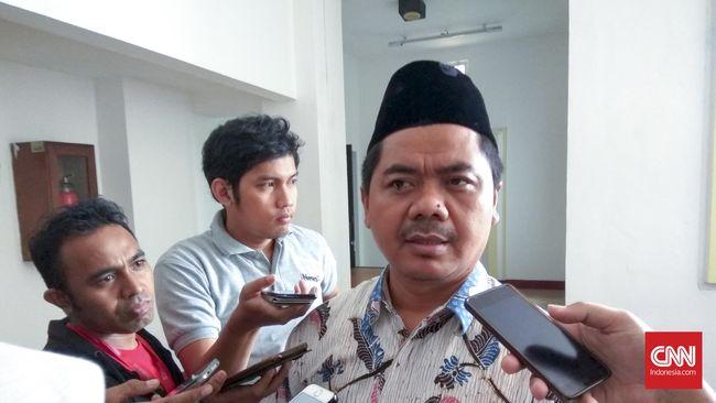 Salah satu anggota tim seleksi yang ditunjuk Presiden Jokowi adalah Juri Ardiantoro, mantan anggota timses TKN di Pilpres 2019.