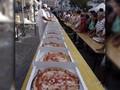 Puluhan Koki Masak 5.836 Pizza Kurang dari 12 Jam