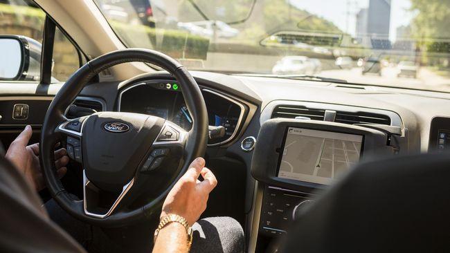 Mobil otonom Uber menewaskan seorang perempuan di Arizona. Setelah pemeriksaan, diketahui software Uber yang mengalami masalah dan menyebabkan kecelakaan.