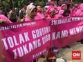 Ibu Rumah Tangga Berbaju Pink Demo Ahok