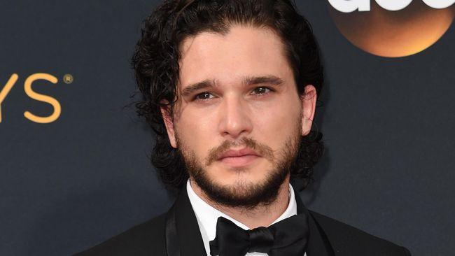 Mengaku dibesarkan dalam lingkungan yang gender fluid, Kit Harington mengaku enggan memerankan sosok maskulin lagi seperti Jon Snow di masa depan.