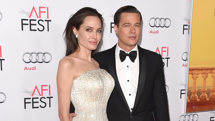 LONDON, ENGLAND - FEBRUARY 16:  Actors Angelina Jolie and Brad Pitt attend the EE British Academy Film Awards 2014 at The Royal Opera House on February 16, 2014 in London, England.  (Photo by Chris Jackson/Getty Images)