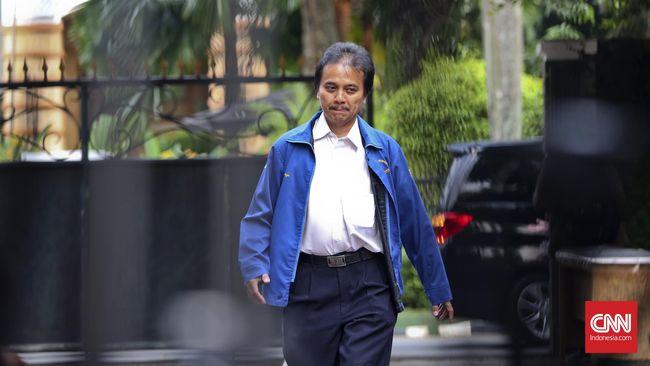 Kuasa hukum Roy Suryo, Tigor Simatupang menyebut Kemenpora kooperatif saat pihaknya meminta data dan bukti soal barang milik negara yang belum dikembalikan Roy.