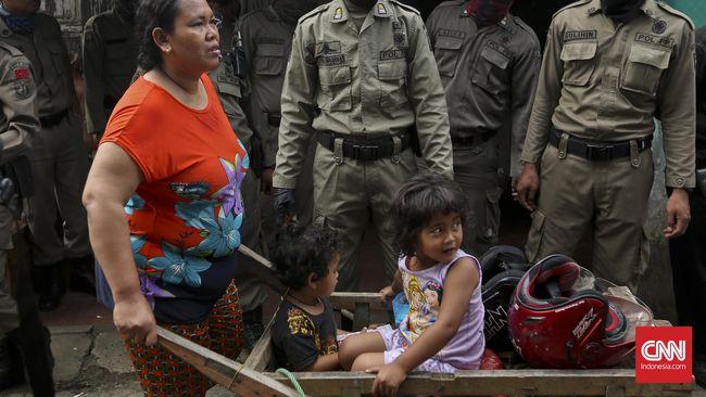Fraksi Partai Gerindra di DPRD DKI mengatakan penggusuran PAUD Tunas Bina, Tamansari, Jakarta Barat oleh Satpol PP DKI sebagai tindakan arogan.