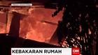 Kebakaran Terjadi di Kawasan Padat Penduduk di Makassar