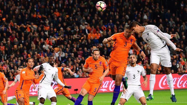 Belanda berhasil meraih kemenangan dengan skor 2-0 atas Perancis di pertandingan lanjutan Liga A Grup 1 UEFA Nations League di Rotterdam.
