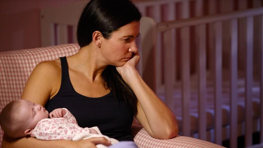 Dukungan Keluarga Bantu Cegah Depresi Postpartum