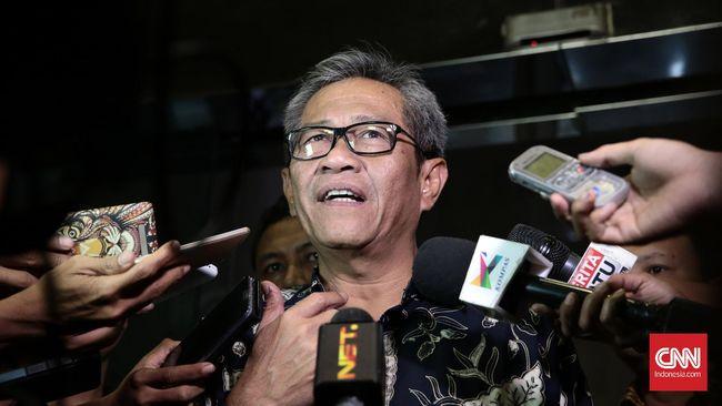 Menurut kabar yang beredar, posisi Djarot Kusumayakti sebagai Direktur Utama Perum Bulog akan digantikan mantan Kepala Badan Narkotika Nasional Budi Waseso.