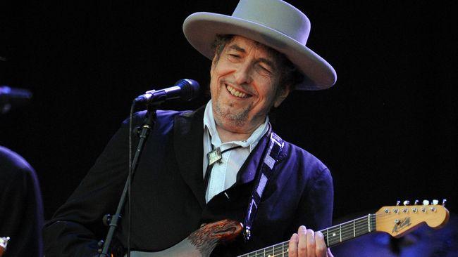 Heaven's Door milik Bob Dylan ini meliputi tempat penyulingan dan 'perpustakaan' wiski, restoran dan tempat manggung berkapasitas 360 orang.