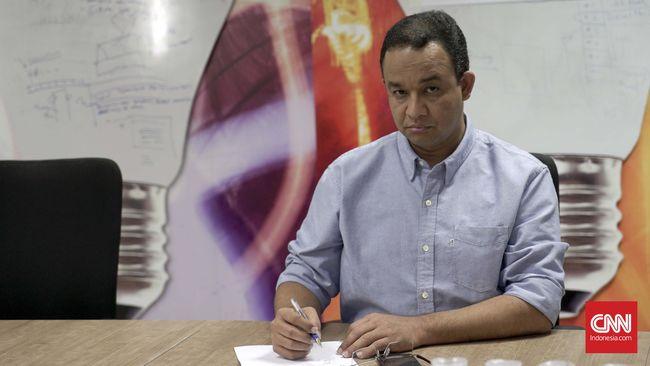 Anggota DPRD DKI Yuke Yurike mengkritisi Anies Baswedan yang tak optimal menangani empat kali banjir dalam dua bulan terakhir.