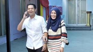 Saran Dude Harlino agar Para Suami Lebih Peka pada Istri