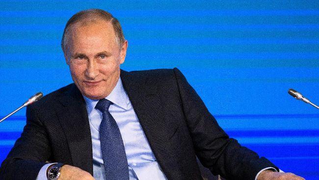 Presiden Rusia, Vladimir Putin belum berniat melepas 24 pelaut dan kapal AL Ukraina disita dalam insiden di Selat Kirch, Laut Azov.
