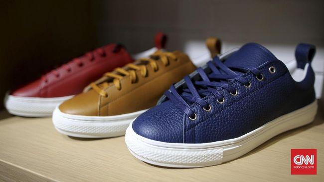 Kaleb Lucman, founder dan CEO Fine Counsel, berbagi tips mengenai perawatan sneaker kulit agar awet lebih lama.