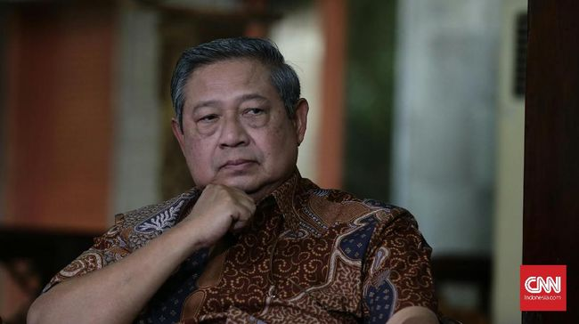 Susilo Bambang Yudhoyono melepas lagu Seruling di Lembah Sunyi yang ia dedikasikan untuk mendiang Ani Yudhoyono. Berikut adalah lima karya populer SBY lainnya.
