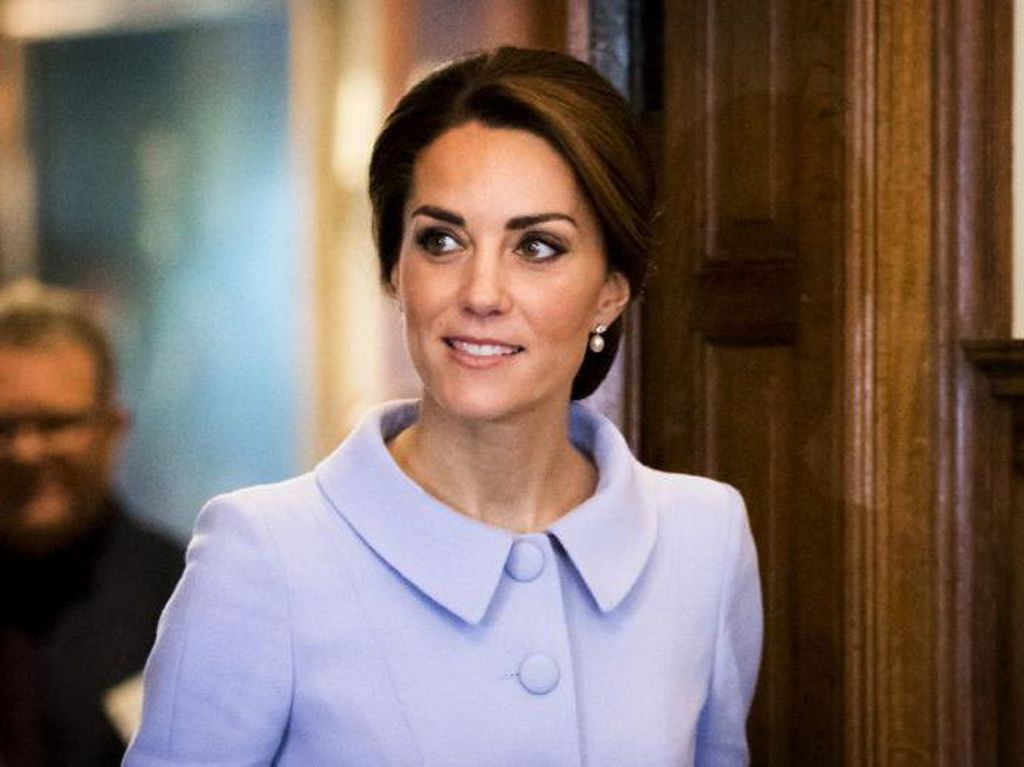 Saran Kecantikan Kate Middleton untuk Michelle Obama, Botox Hingga Eyeshadow