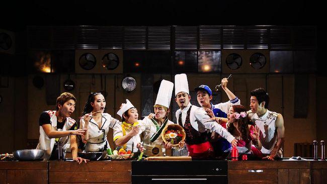 Bertajuk 'Delicious Musical Bibap,' pertunjukan nonverbal memanfaatkan alat masak tersebut menggabungkan tarian, beatbox, b-boying, akrobat dan akapela.