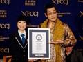 Kejutan Rekor Dunia dari 'Pen Pineapple Apple Pen'