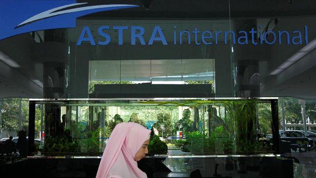 PT Astra International Tbk (ASII) mencatat jumlah penjualan mobil pada kuartal I 2018 merosot 12,02 persen menjadi hanya 141.952 unit.