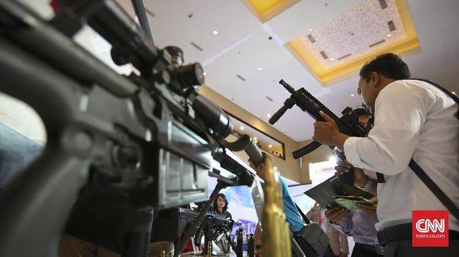 Sebanyak 25 ribu pucuk senjata SS2-V5 A1 buatan Pindad telah rampung dibuat untuk kebutuhan pelatihan peserta komponen cadangan di Kementerian Pertahanan.