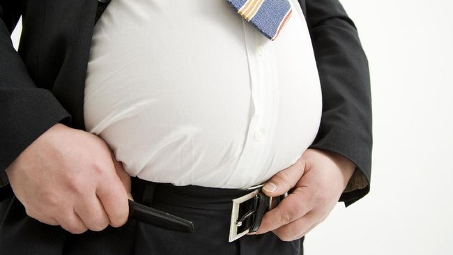 Lingkar pinggang, durasi tidur, dan level kolesterol adalah beberapa hal yang dapat jadi indikator buat cek kesehatan.
