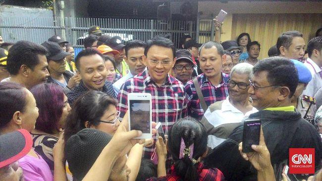 Ahok mengatakan, Anies membangun opini publik yang keliru soal Jakarta, seperti data pengangguran.