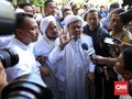 Rizieq Shihab Diperiksa, Massa Geruduk Polda Jabar
