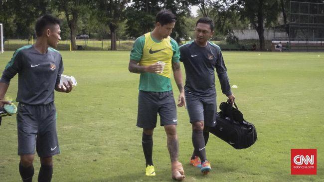 Mantan striker timnas Indonesia Kurniawan Dwi Yulianto menilai timnas kehilangan sosok pemain dengan visi bagus jelang Piala AFF 2016.
