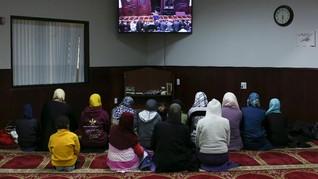 Wanita Muslim AS Takut Kenakan Jilbab Usai Trump Menang