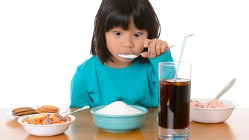 4 Bahaya Anak Konsumsi Gula Berlebih