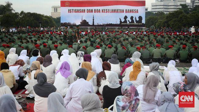Panglima TNI Jenderal Gatot Nurmantyo tak mempersoalkan rencana demonstrasi lanjutan merespons kasus dugaan penistaan agama.