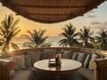 'Beach Club' Rumah Bambu di Seberang Samudera Hindia