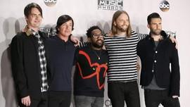 Jelang Super Bowl, Maroon 5 'Berkicau' Soal SpongeBob