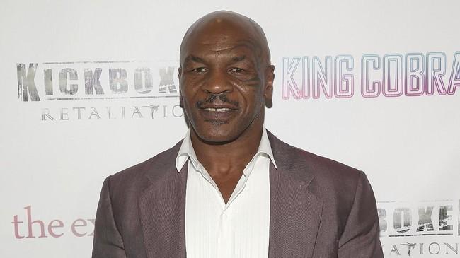 9 Peraturan Mike Tyson vs Roy Jones Jr