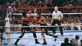 Mike Tyson vs Jones: Promotor Ngotot Menang KO Tak Dilarang