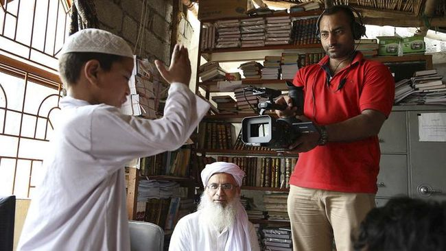 Para pembuat film dokumenter mesti menyiasati dengan memiliki strategi khusus, supaya filmnya dapat dinikmati publik lebih luas.